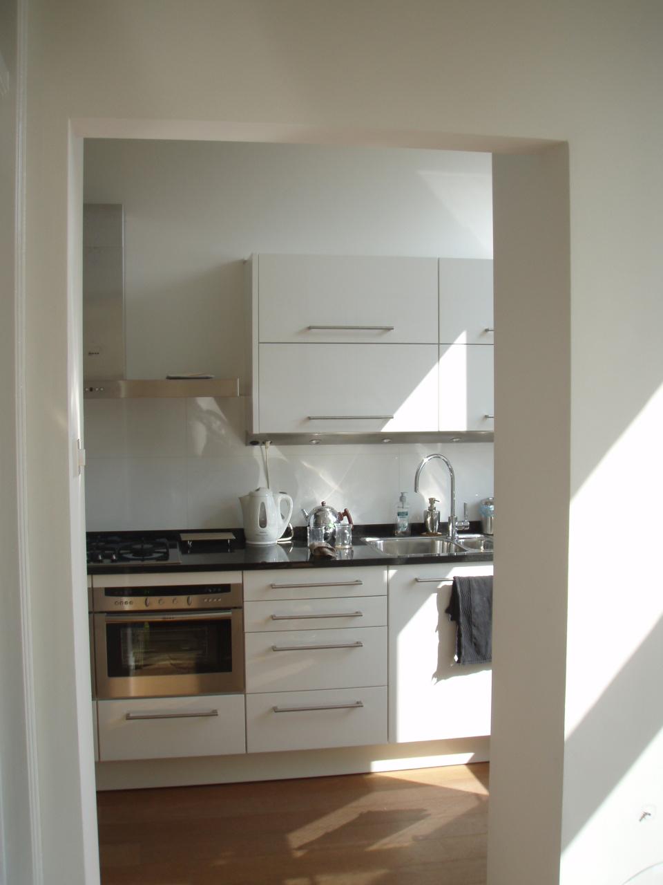 18. nieuwe sparing in wand woonkamer keuken | RR Bouwadvies